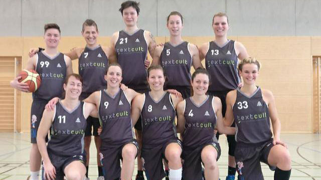 Mannschaftsfoto Damen TV Augsburg Bayernliga Basketball